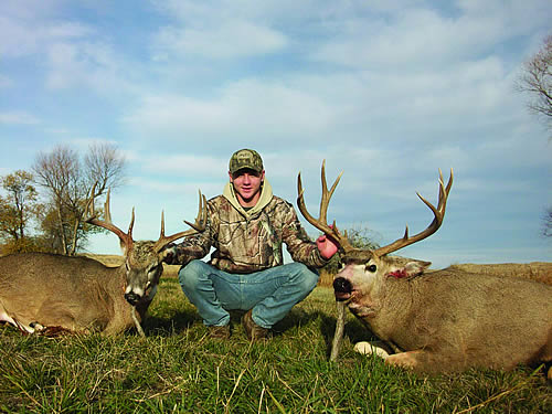 Deer Hunt in Wyoming and Montana with SNS Outfitters